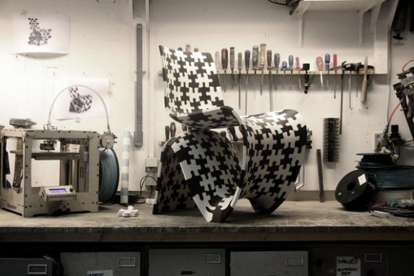 ヨリス・ラーマンのデザインした椅子が安くダウンロードできます。