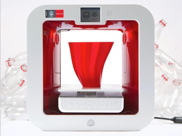 3Dシステムズ社がコカ・コーラ社と提携して新しいキューブを発売します