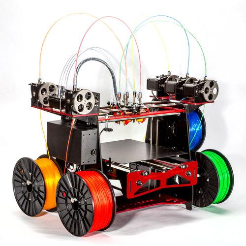 五色同時利用可能な3Dプリンターの登場で新たな創作レベルへ