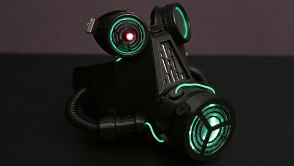 3Dプリントによるガスマスクをダウンロードして、ハロウイーンコスチュームにする