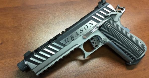 """金属製の""""REASON""""というニックネームの銃が3D印刷できる"""