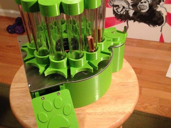 3Dプリントペットフィーダーで楽な餌やりを