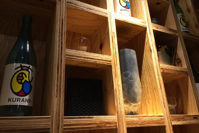 日本酒専門店「KURAND SAKE MARKET」で、3Dプリント商品を期間限定展示