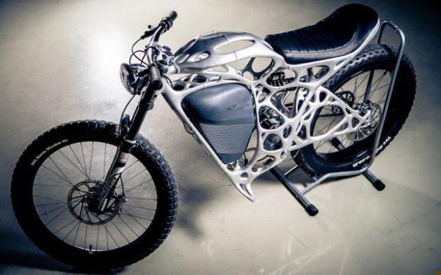 3Dプリンターで製造した電動バイク